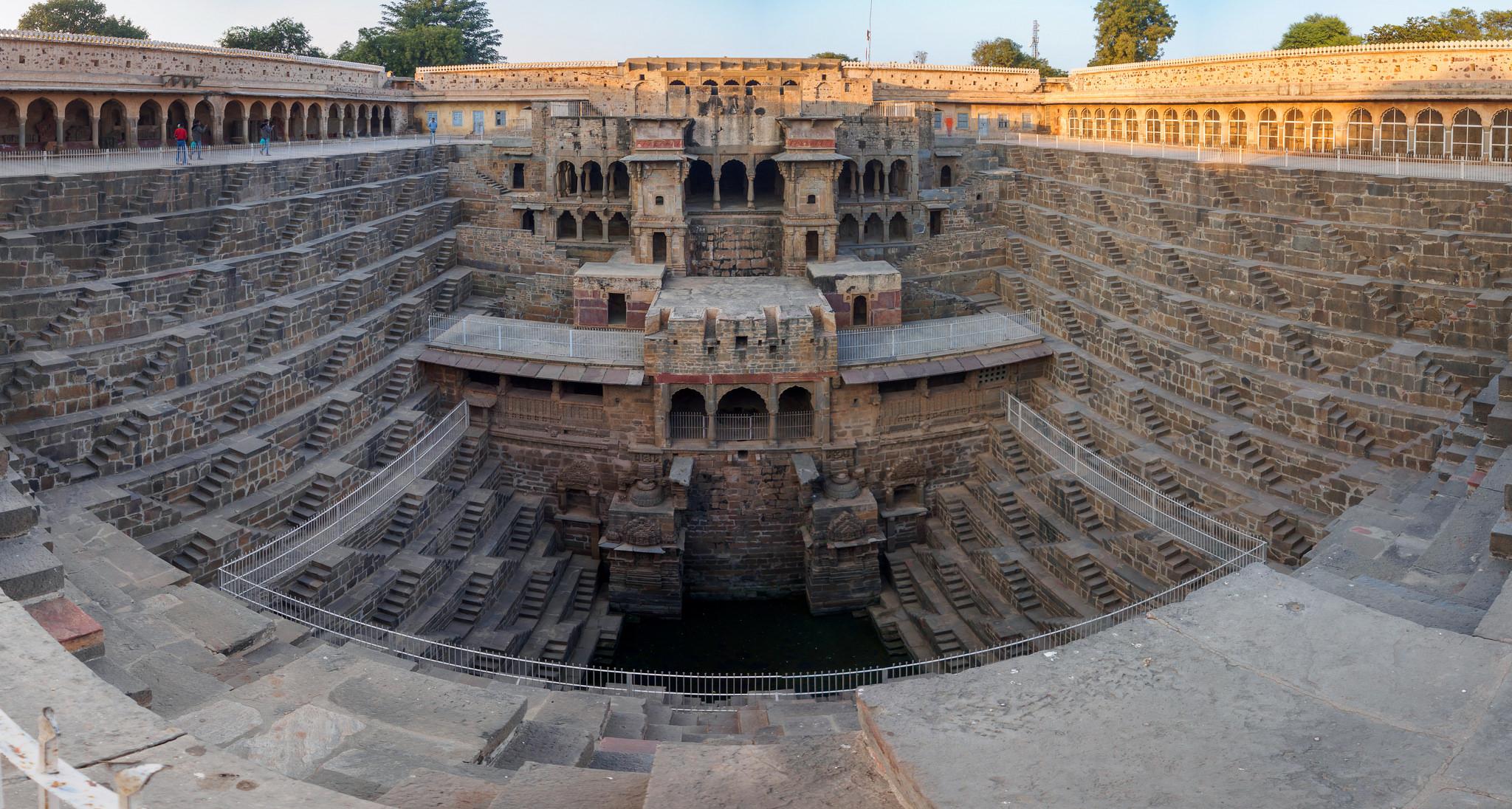 Detail of Chand Baori, Abhaneri, Rajasthan, India скачать