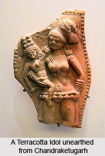 2_A_Terracotta_Idol_unearthed_from_Chandraketugarh
