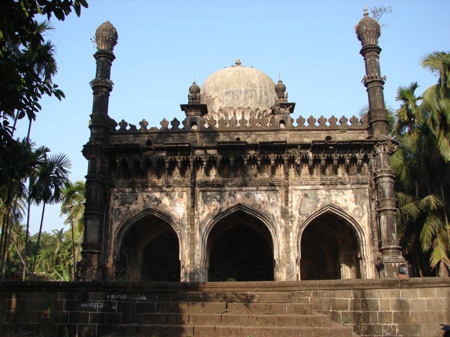Anda Masjid, Dabhol