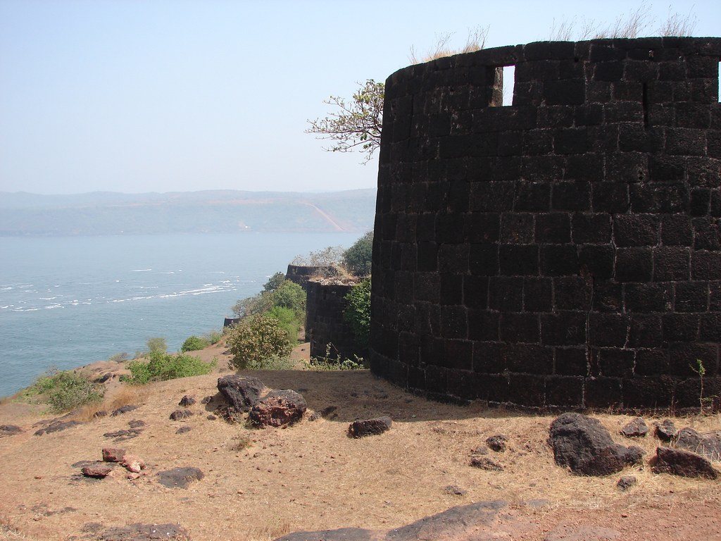 Anjanvel Fort near Dabhol - Now only the Fort Walls remain