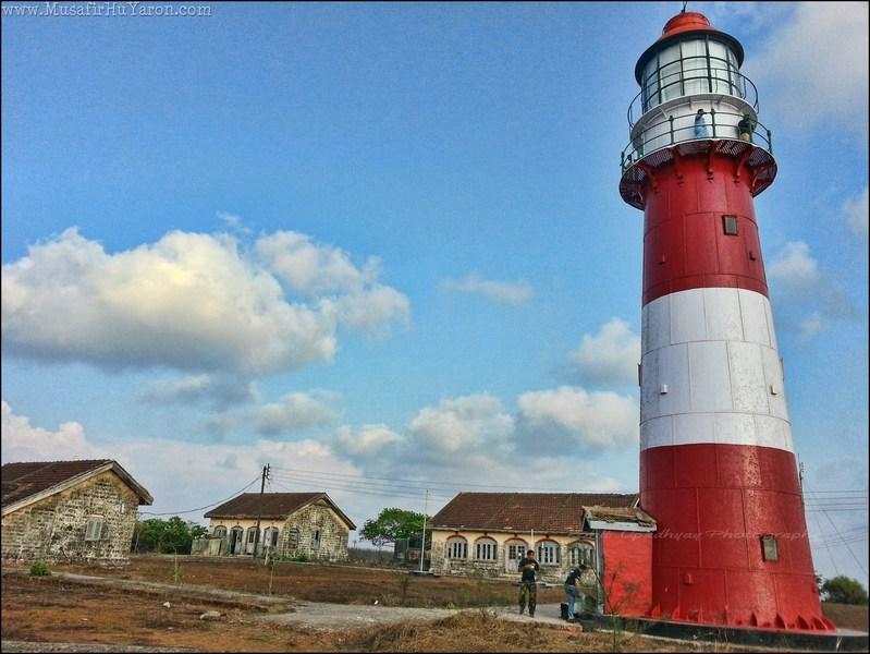 Lighthouse @ Image Copyright Musafirhuyaron.com
