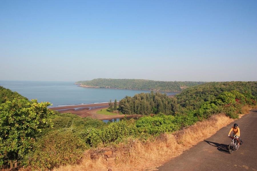 Road Drive to Guhagar