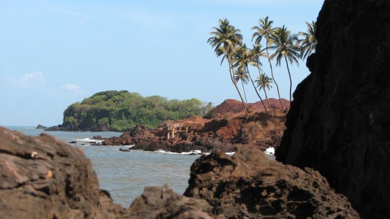 The rocks at Shiroda Beach, Vengurla