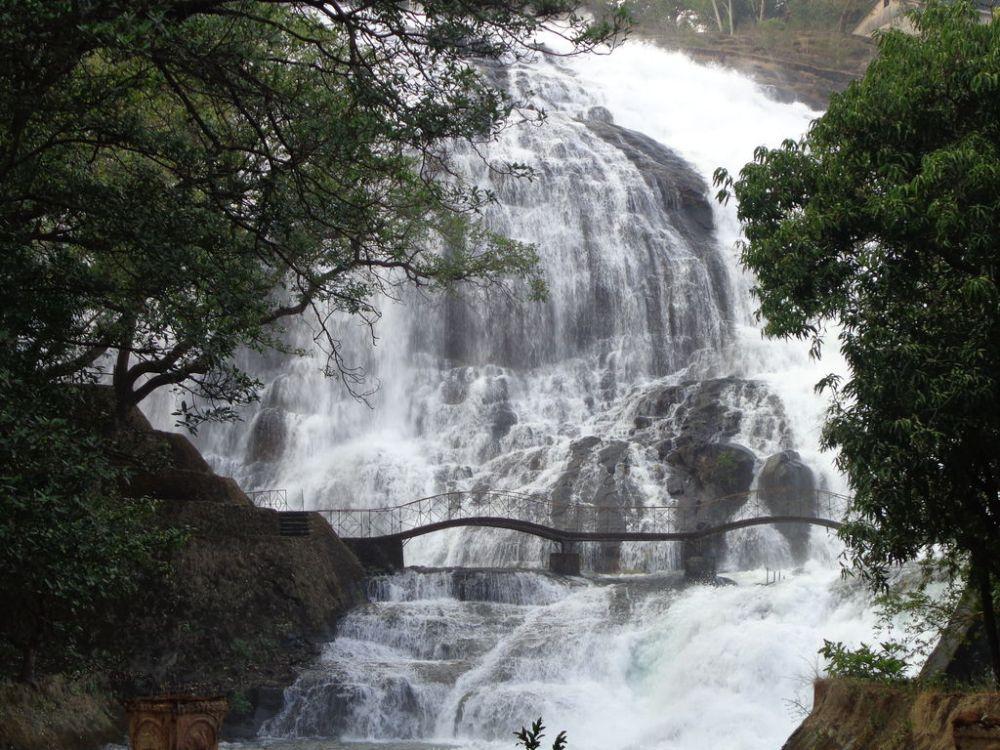Umbrella Falls