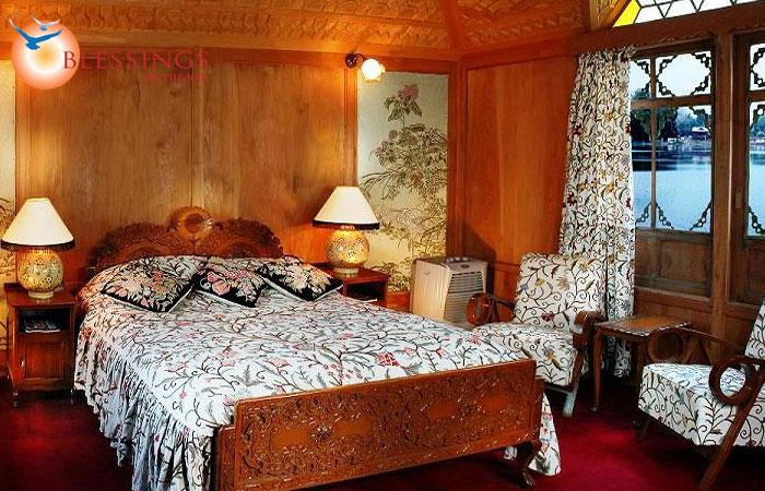 Inside View of the WelcomHeritage Gurkha Houseboats, Nagin Lake Kashmir