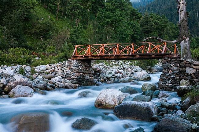 Beautiful stream at Chatpal, Image Copyright @Chetan Karkhanis