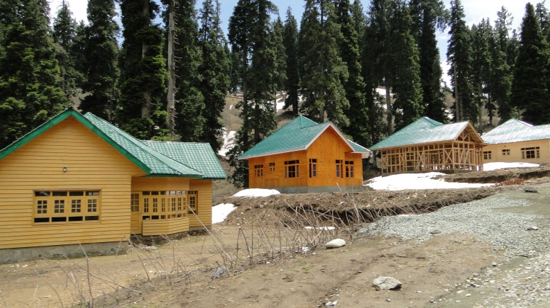 JK Tourism Huts at Doodhpathri