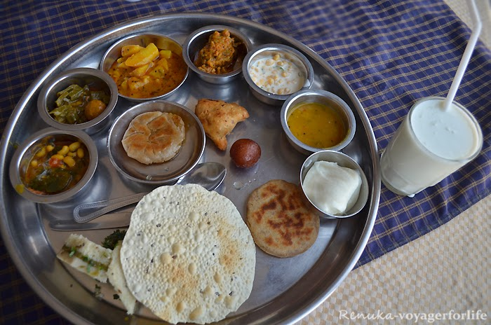 IMG-Best places to eat in Kutch