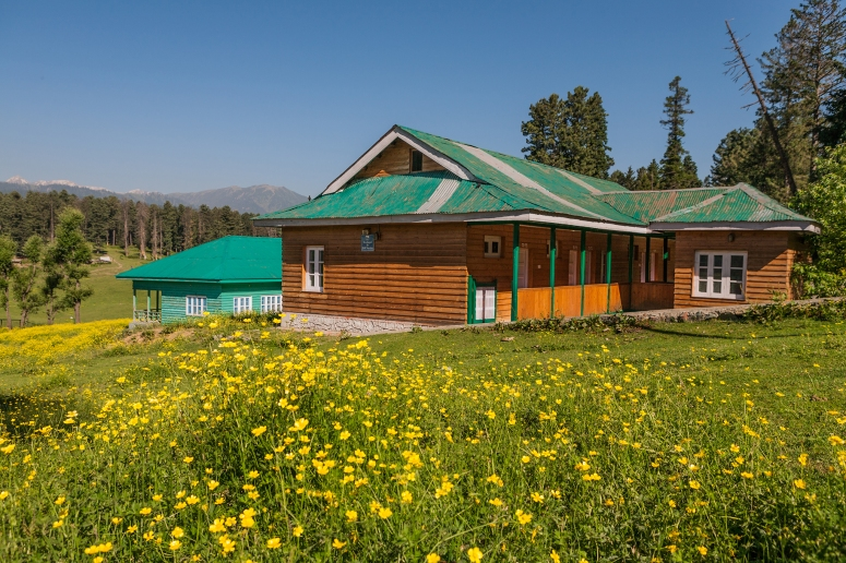 JK Tourism Guest House at Yusmarg
