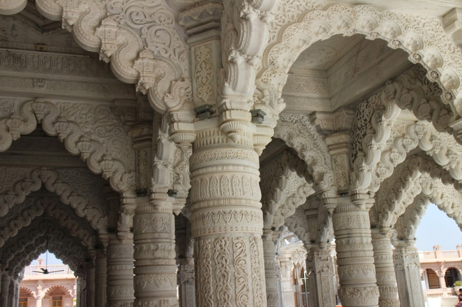 Intricate Carvings at Swami Narayan Temple, Kutch Image CR-meghanahassan