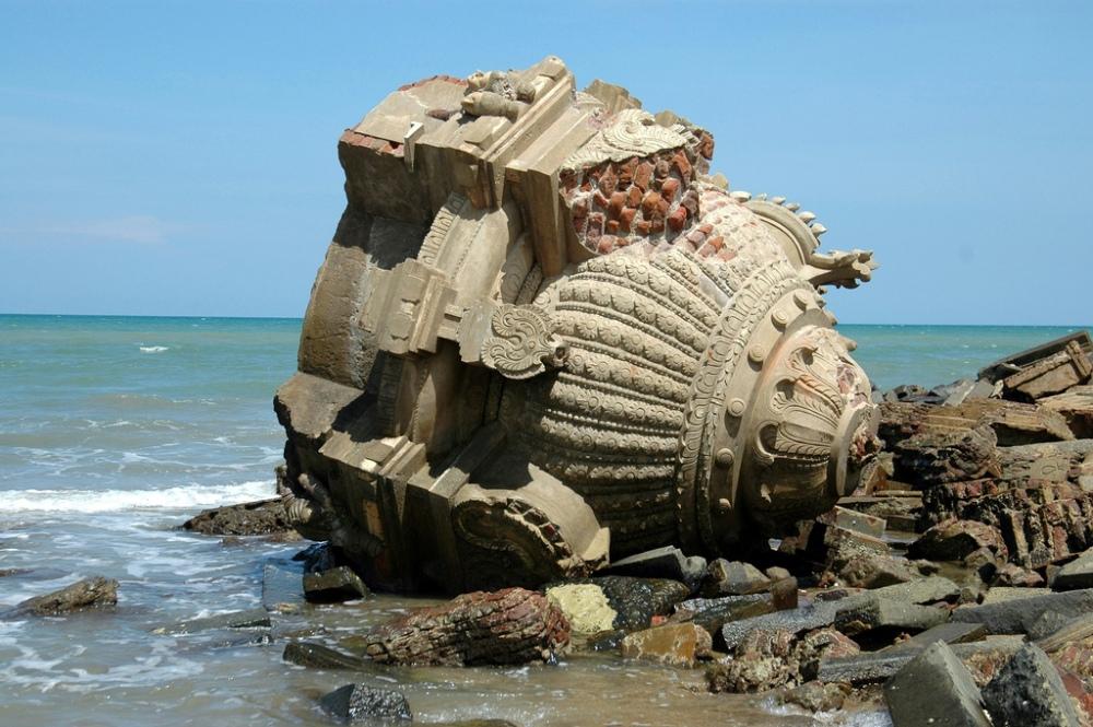 Tranquebar-Old danish ruins2