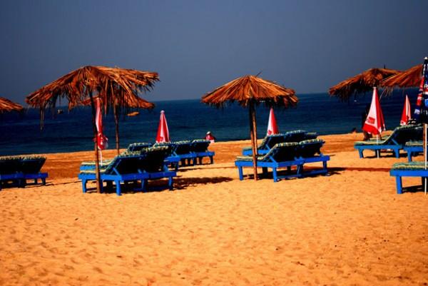 Arpora-Beach-Goa-600x401
