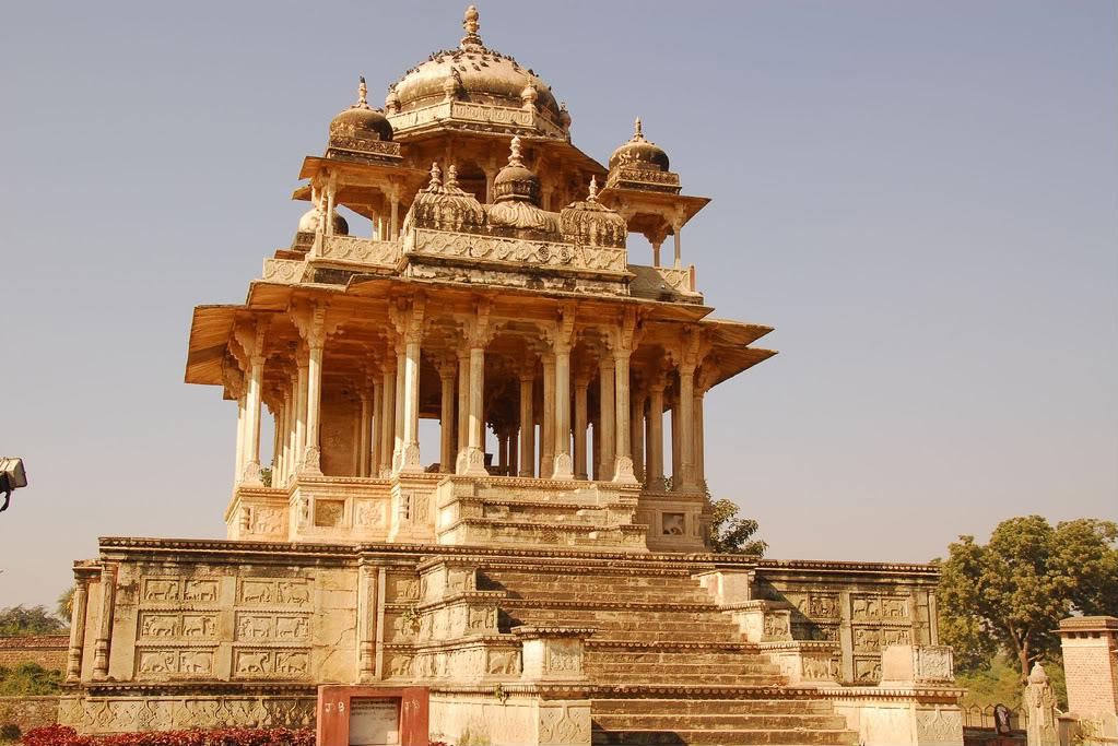 Chaurasi Khambon ki Chhatri-Bundi
