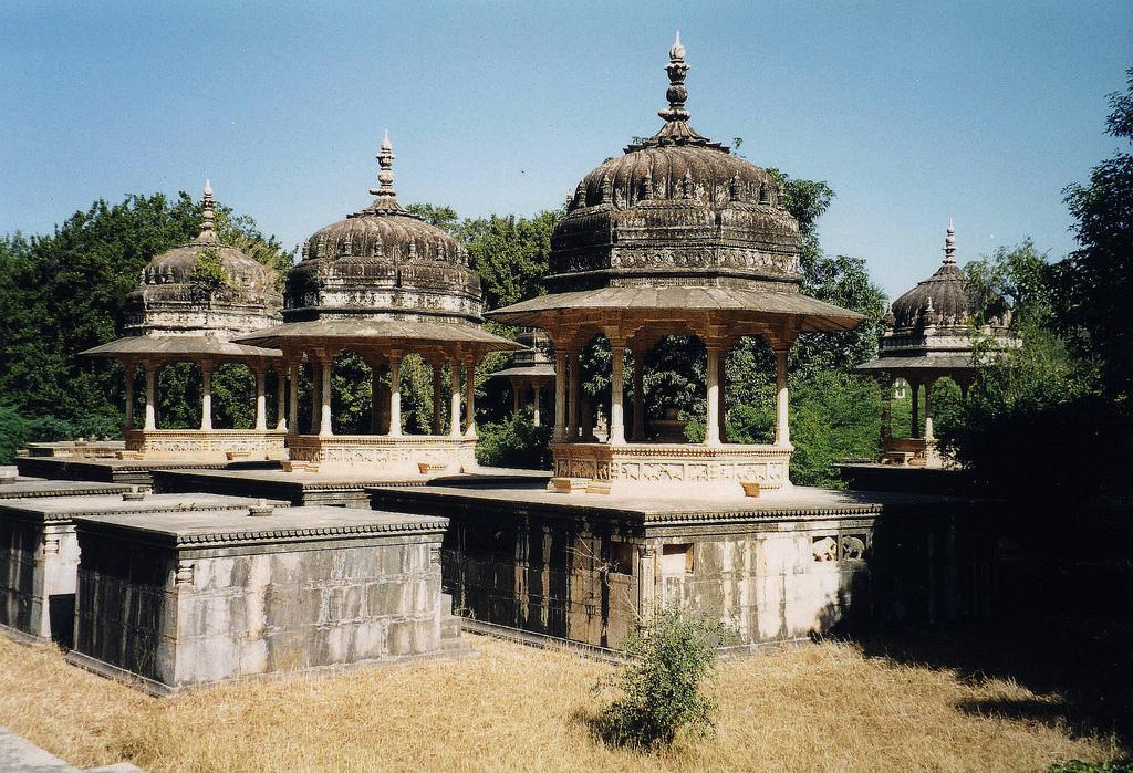 Chhatris of Kesar bagh-Bundi
