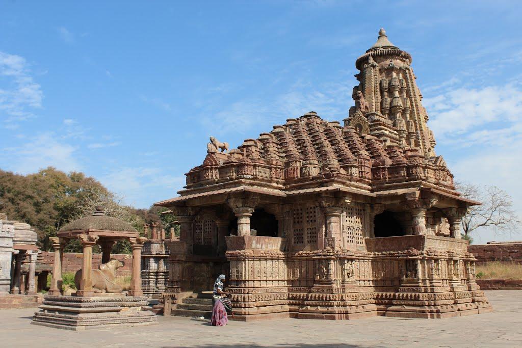 Beautiful Mahanaleshwar temple at Menal