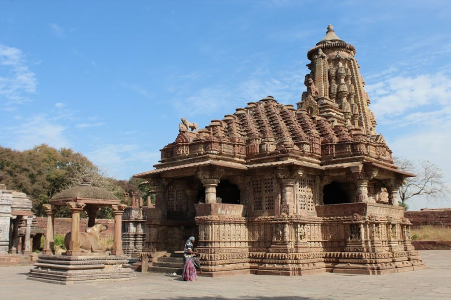 Beautiful Mahanaleshwar temple at Menal