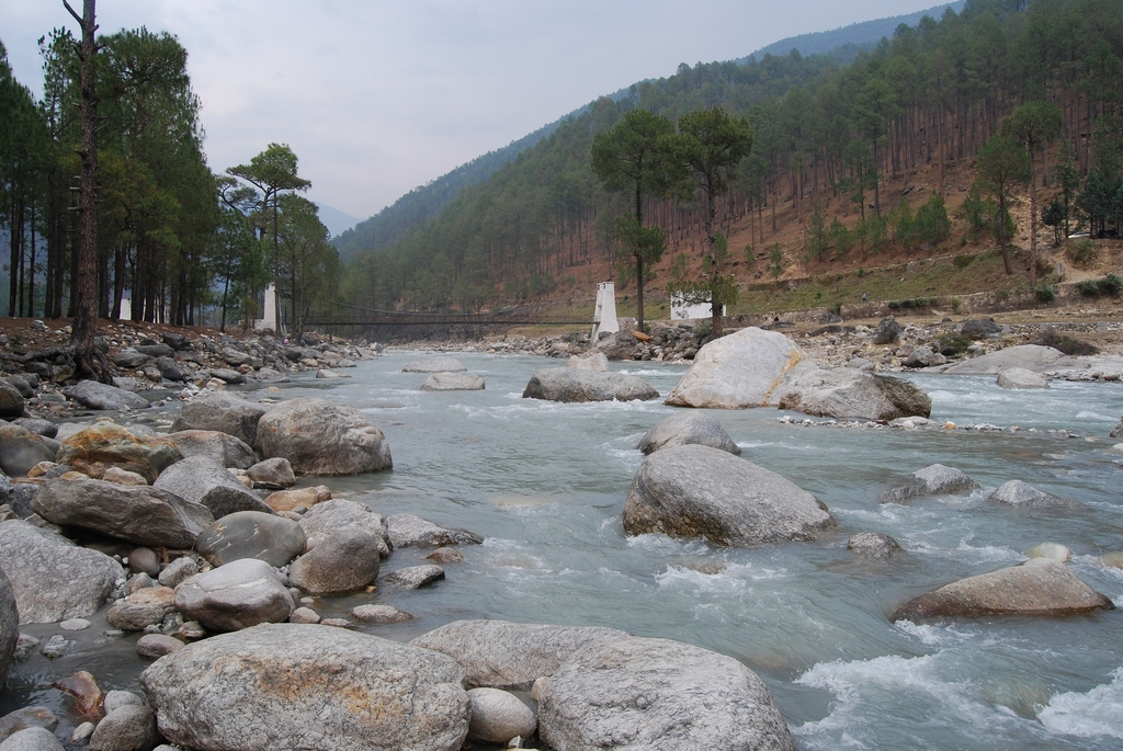 River Tons, Mori