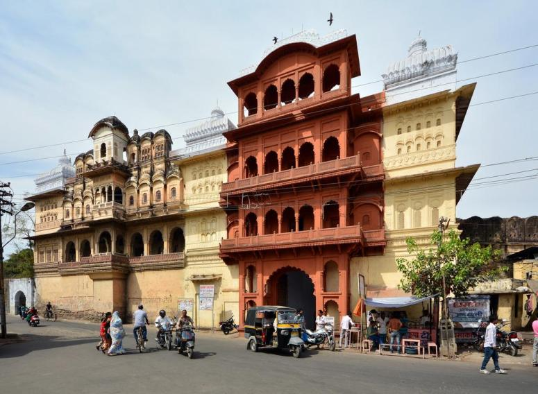 Outer View of Garh Palace