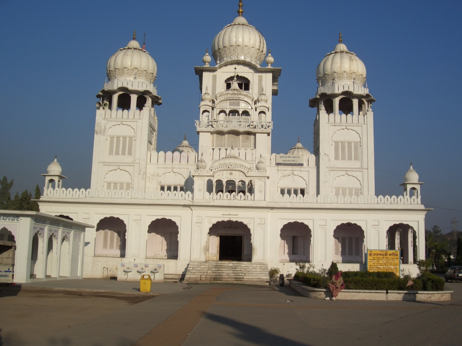 Gurdwara_Patalpuri,_in_Kiratpur,_Punjab,_India