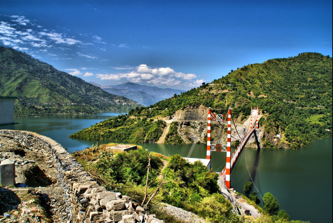 Tehri_lake_bridge
