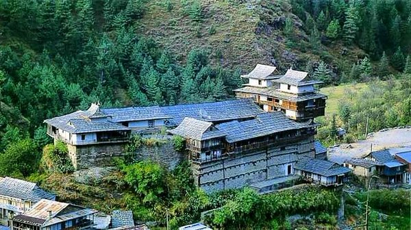 Kotkhai Palace