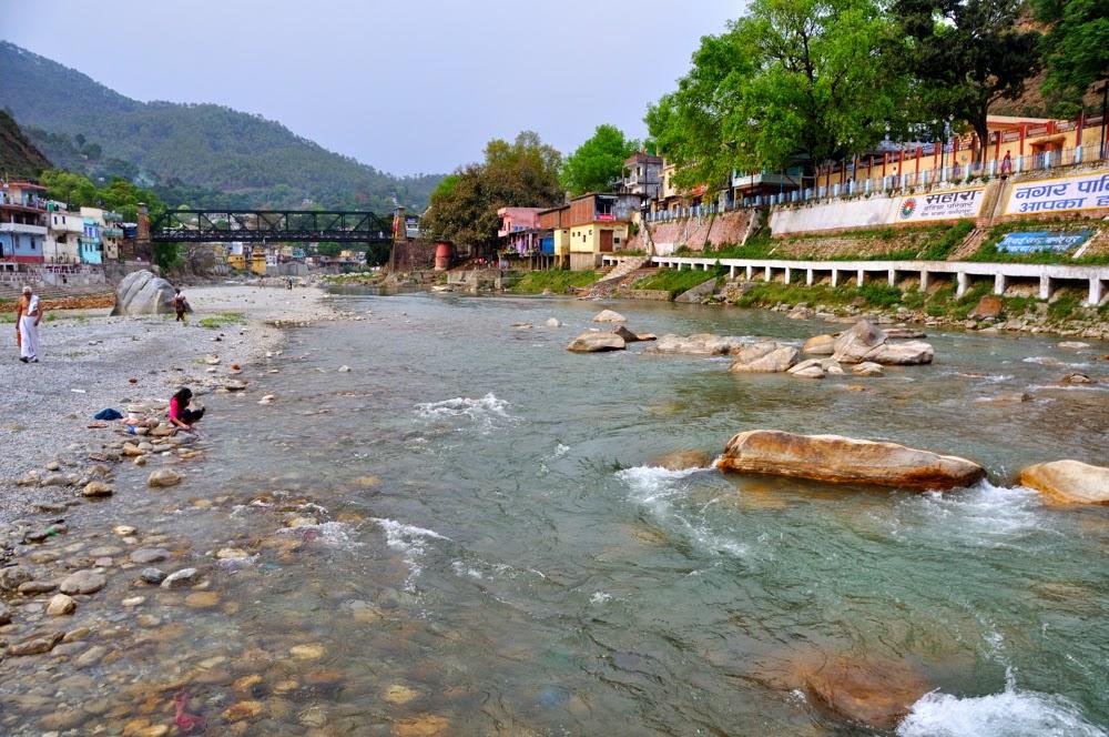 River Sarayu flowing at Bageshwar