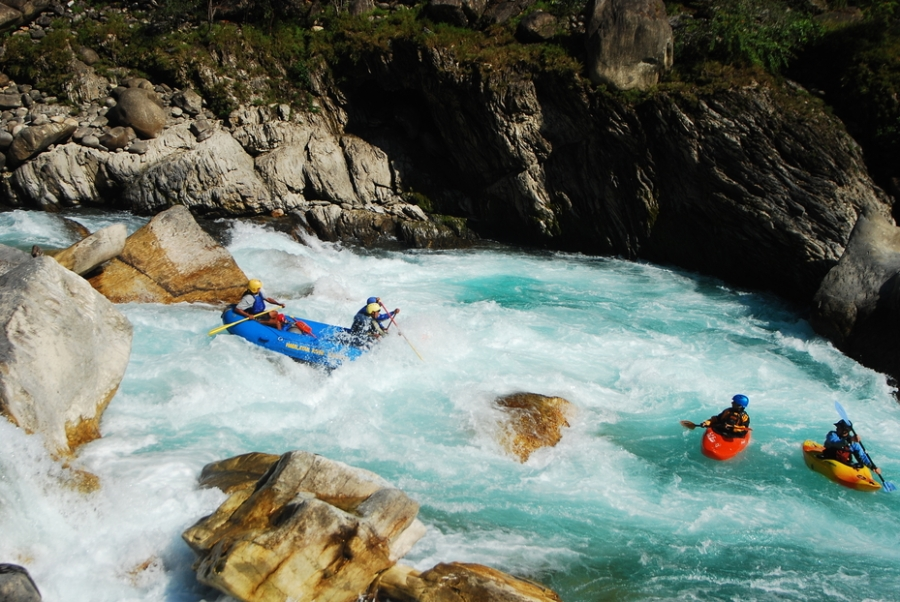 Thrilling Rafting Experience: River Saryu