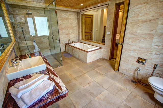 Spacious Bathrooms at Baragarh Villa, Manali