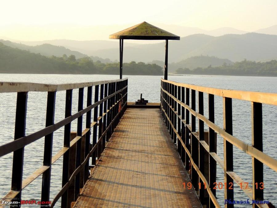 A lookout point on Ayyenkere Lake, Chikmagalur