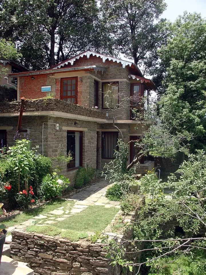 Bob's Place, Nathuakhan