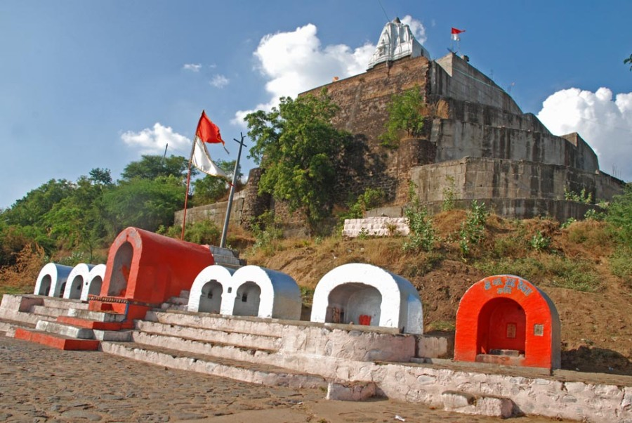 Ancient Temple of Jaleshwar at Maheshwar