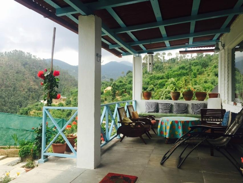 Sitting Deck at Keanne Homestay-perfect for long conversations!