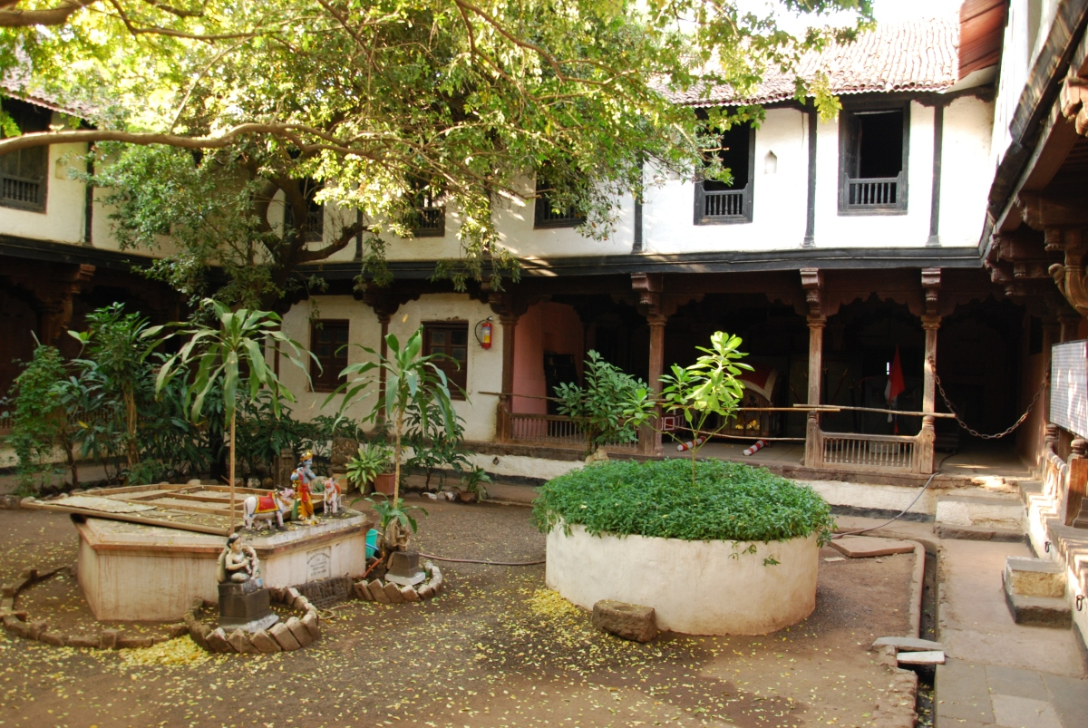 Rajwada-Maheshwar