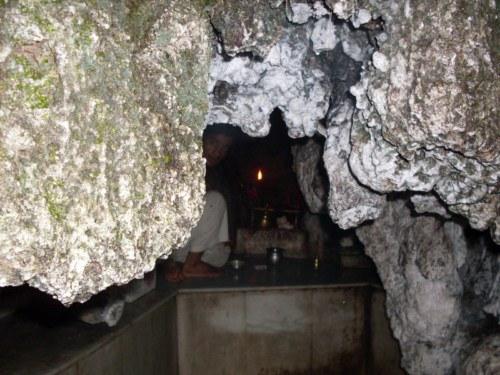 shiv-khori-cave-small