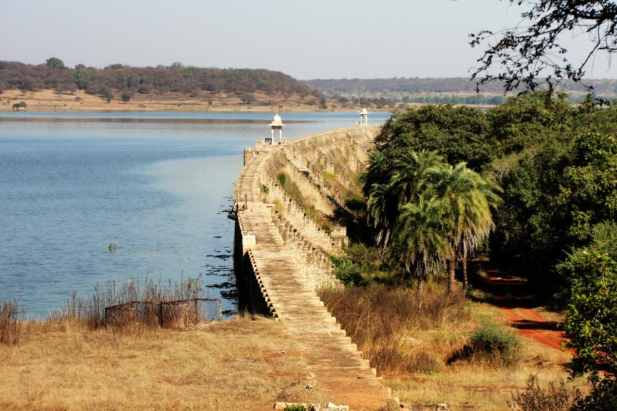 Dam Wall of Sakhya Lake. Shivpuri - Madhya Pradesh