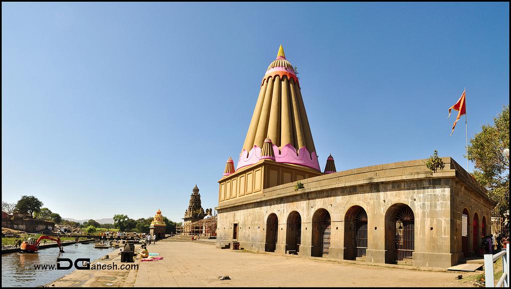 Dholya Ganapati Temple, Wai