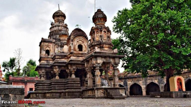 Kashi Vishveshwarlocated at Mahuli